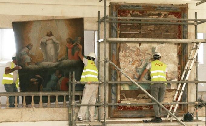 Pinturas murais descobertas em igreja de Évora alvo de estudo