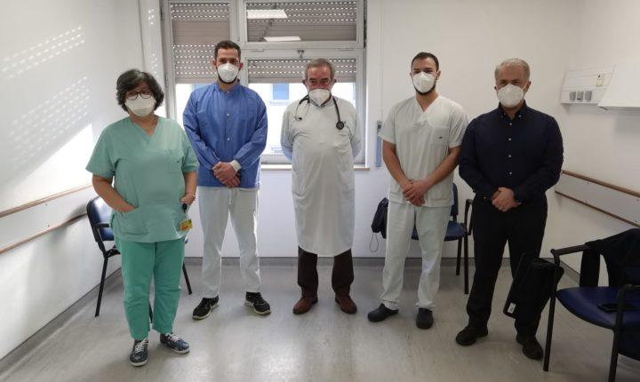 Quase 300 profissionais do hospital de Évora vacinados contra covid-19