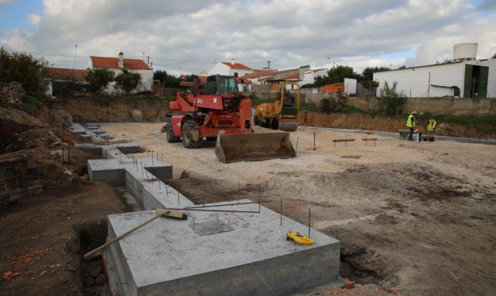 Câmara de Viana do Alentejo tem em curso construção de novo centro social