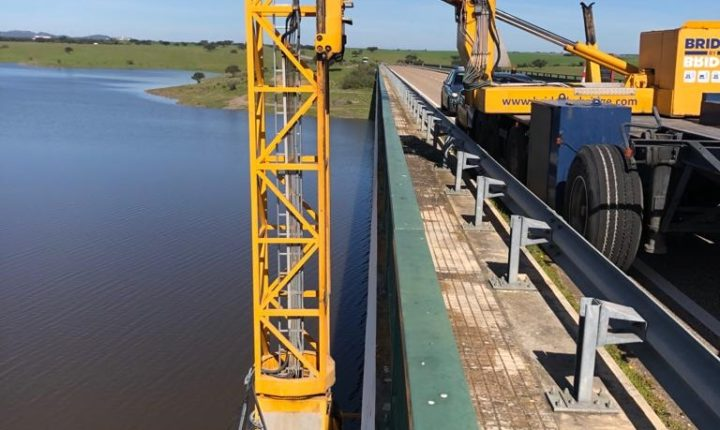 Municípios de Moura e Mourão promovem inspeção à Ponte do Alcarrache