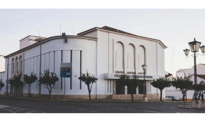 Vila Viçosa vai reabilitar o Cine-Teatro Florbela Espanca