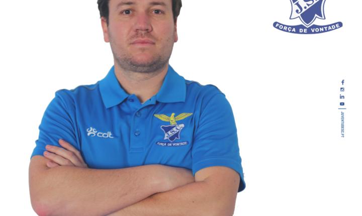João Nivea é o novo treinador do Juventude
