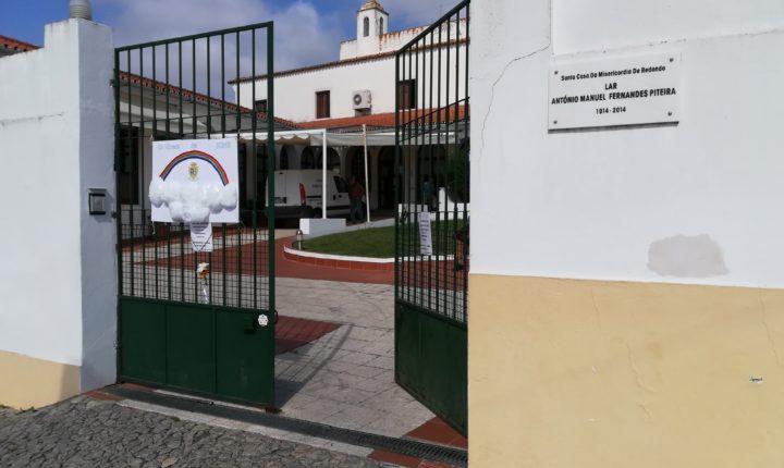 Surto de covid-19 no lar da Misericórdia de Redondo com seis óbitos