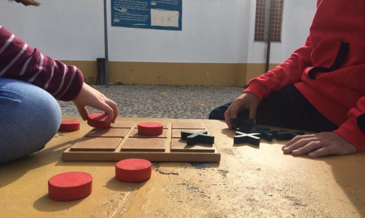 Alunos do concelho de Évora em contacto com jogos tradicionais