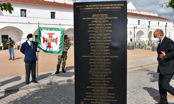 Moura comemora Dia do Combatente