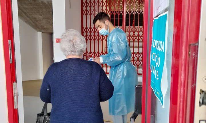 Voluntários da FEA já realizaram mais de 1.400 horas no apoio à vacinação