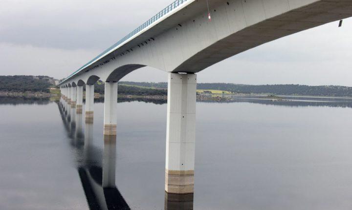 IP substitui juntas de dilatação da ponte sobre rio Guadiana