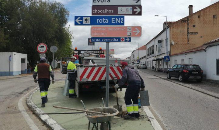 Viana do Alentejo reforça sinalética rodoviária