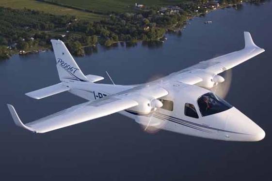 Escola de aviação em Évora reforça frota com primeiro bimotor