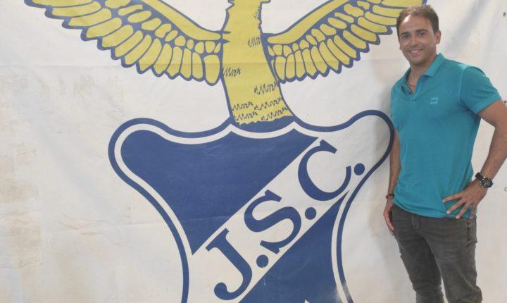 Pedro Russiano é o treinador do Juventude Sport Clube