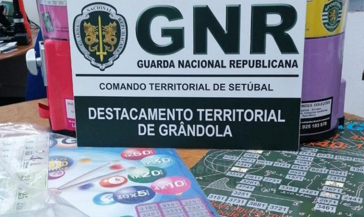 GNR apreende duas máquinas de jogo em Grândola