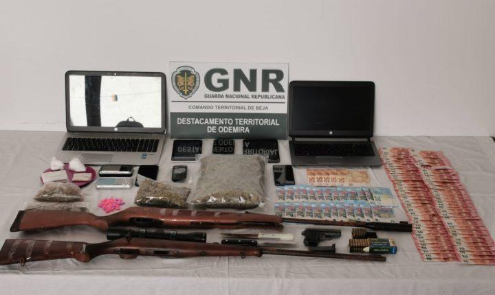 GNR detém três homens por tráfico de droga em Odemira