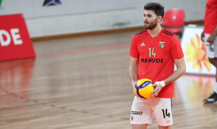 Alentejano Miguel Sinfrónio integra convocatória para o Europeu de voleibol