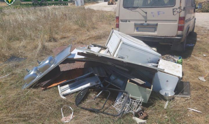 Dois detidos por furto de metais não preciosos no Crato