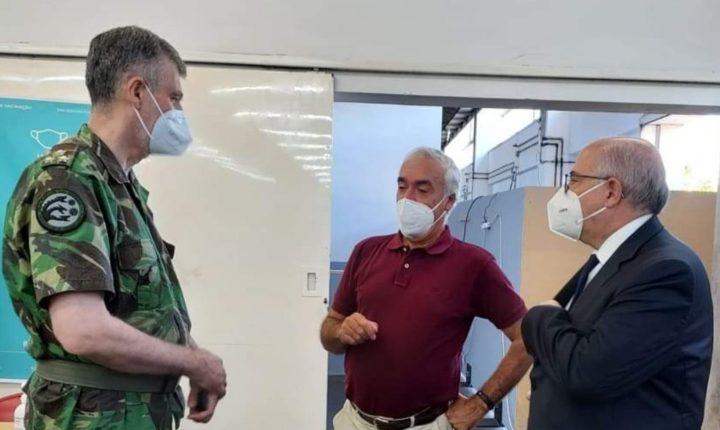 Gouveia e Melo elogia Centro de Vacinação de Évora