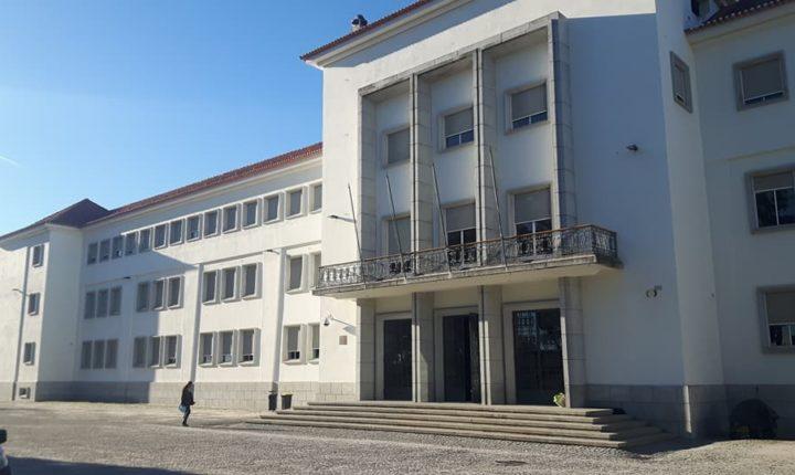 Escola Secundária Severim de Faria encerrada devido a inundação