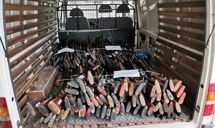 PSP de Portalegre entrega 464 armas para destruição