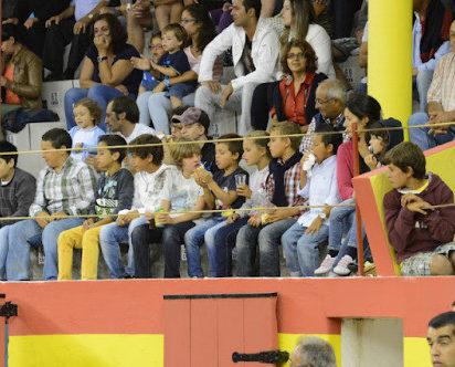Governo proíbe menores de 16 anos de assistirem a touradas